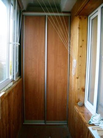 Шкаф купе на балкон.