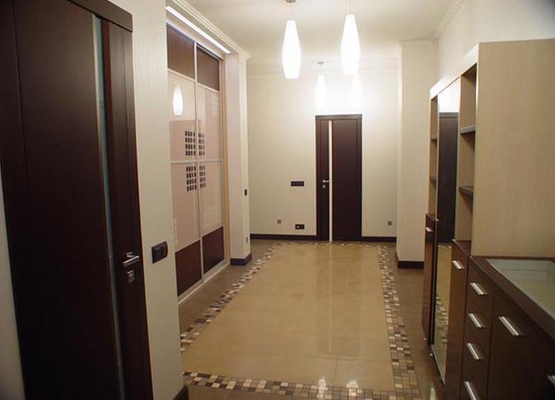 ремонт узкого коридора в доме фото