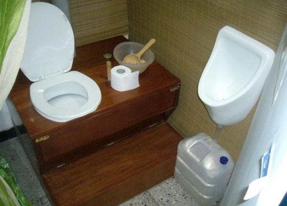 Туалет в дачном доме своими руками