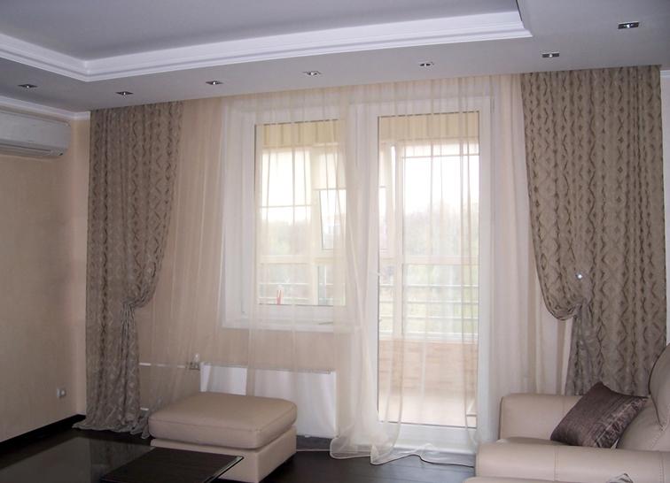 декор окна в гостиной фото