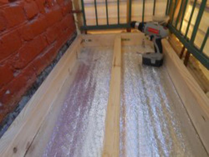 Как сделать деревянный пол на балконе своими руками. ремонт .