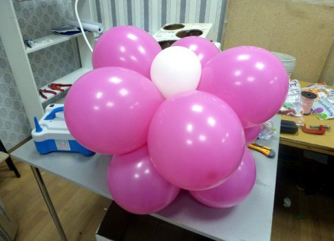 Арка из шаров своими руками без гелия видео