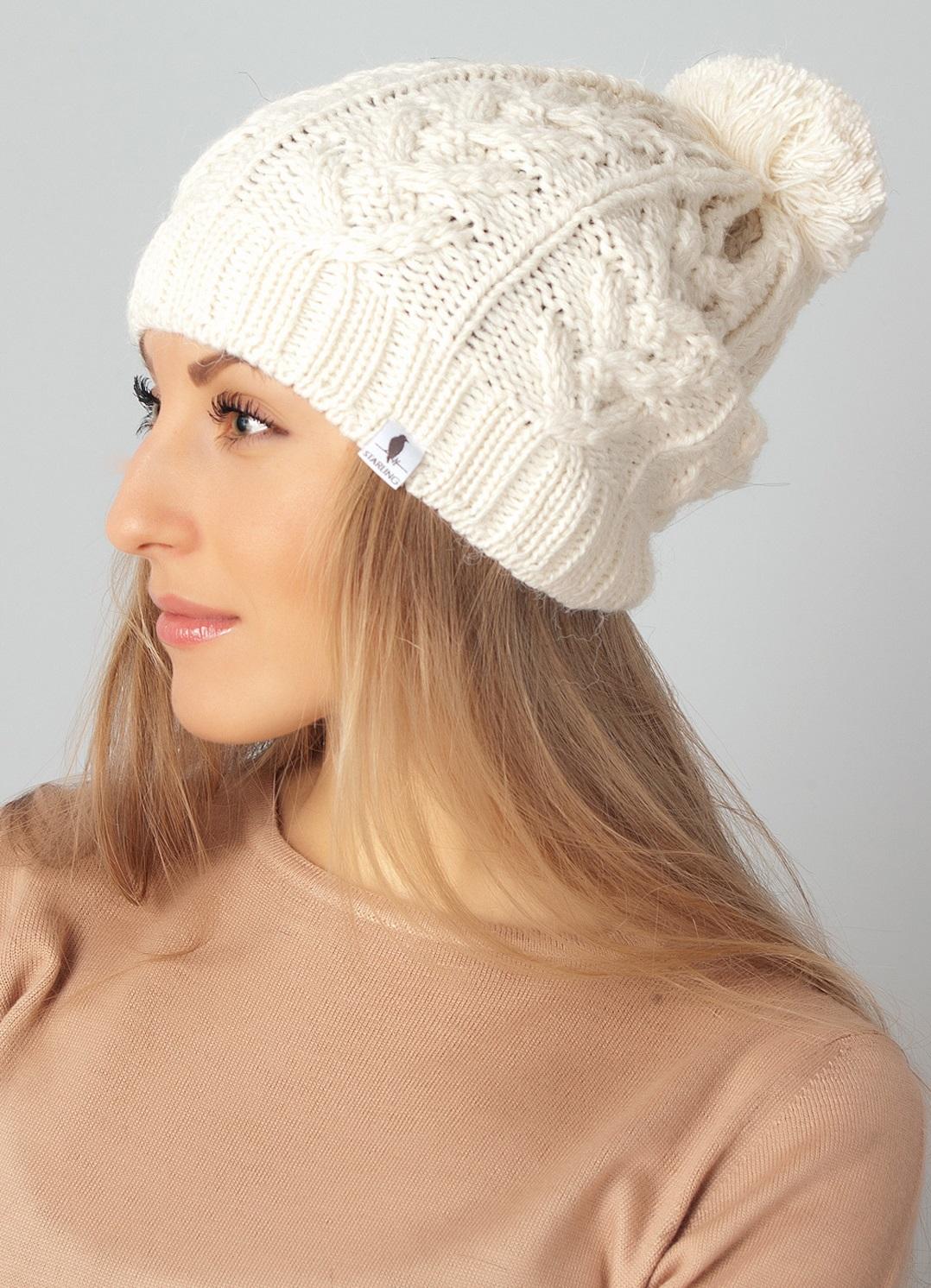 Белая шапка с помпоном STRIX 60012 Киев, Украина. Купить, заказать