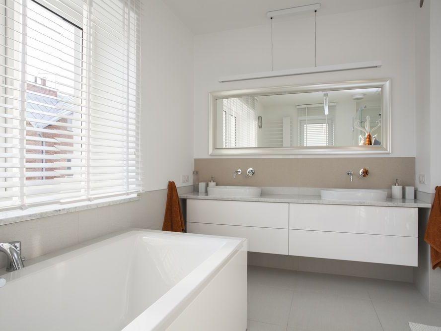 Ванная комната белая фото дизайн
