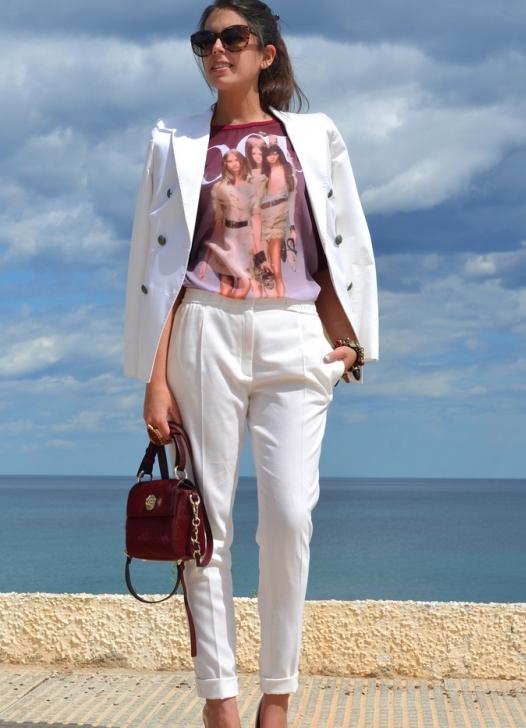 Фото девок в белых прозрачных брюках 22 фотография