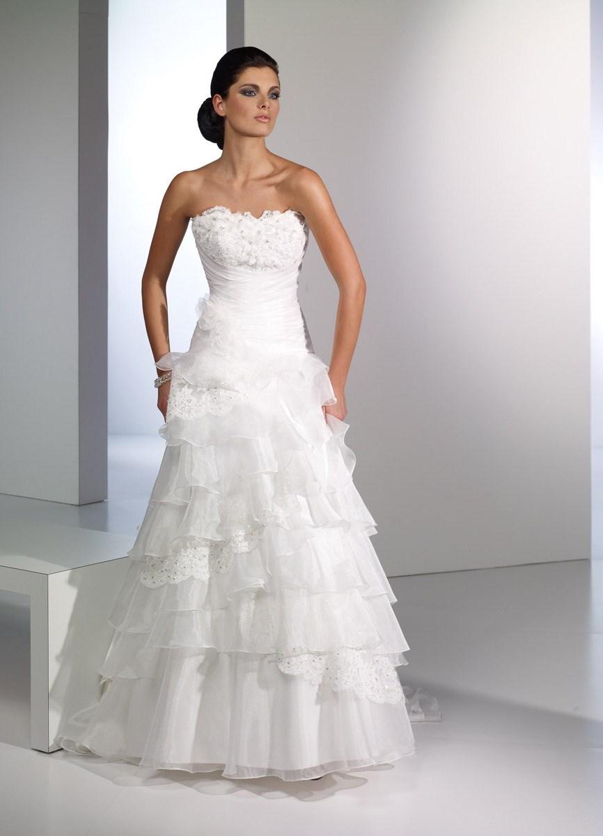 Фото свадебное белое платье