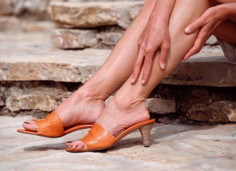 Болят ноги от варикоза