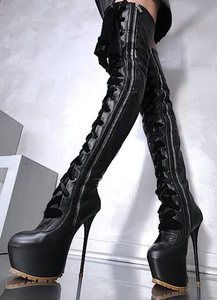 фото ботфорты на высоком каблуке