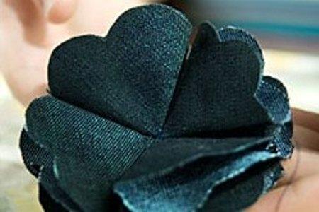 Брошь из джинсовой ткани своими руками