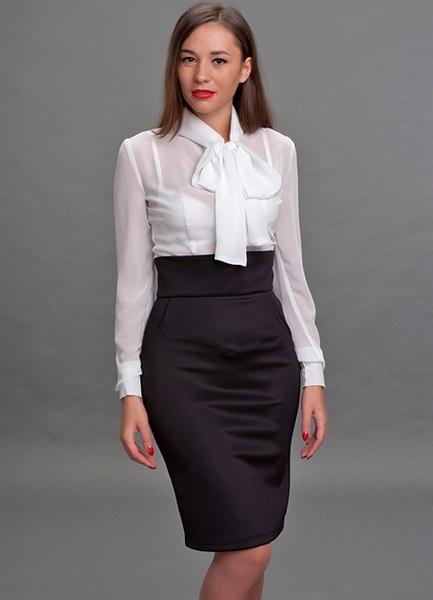 Узкая юбка с высокой талией