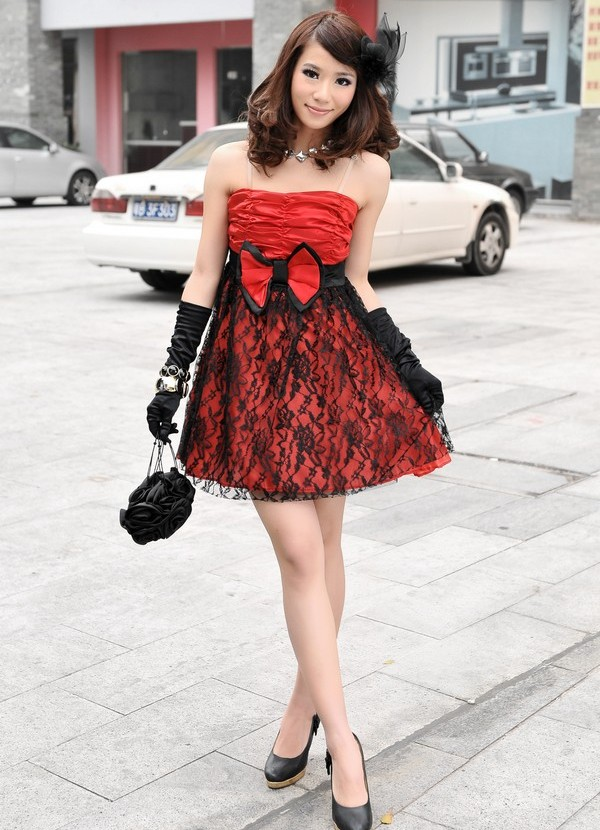 Платье верх черное низ красное