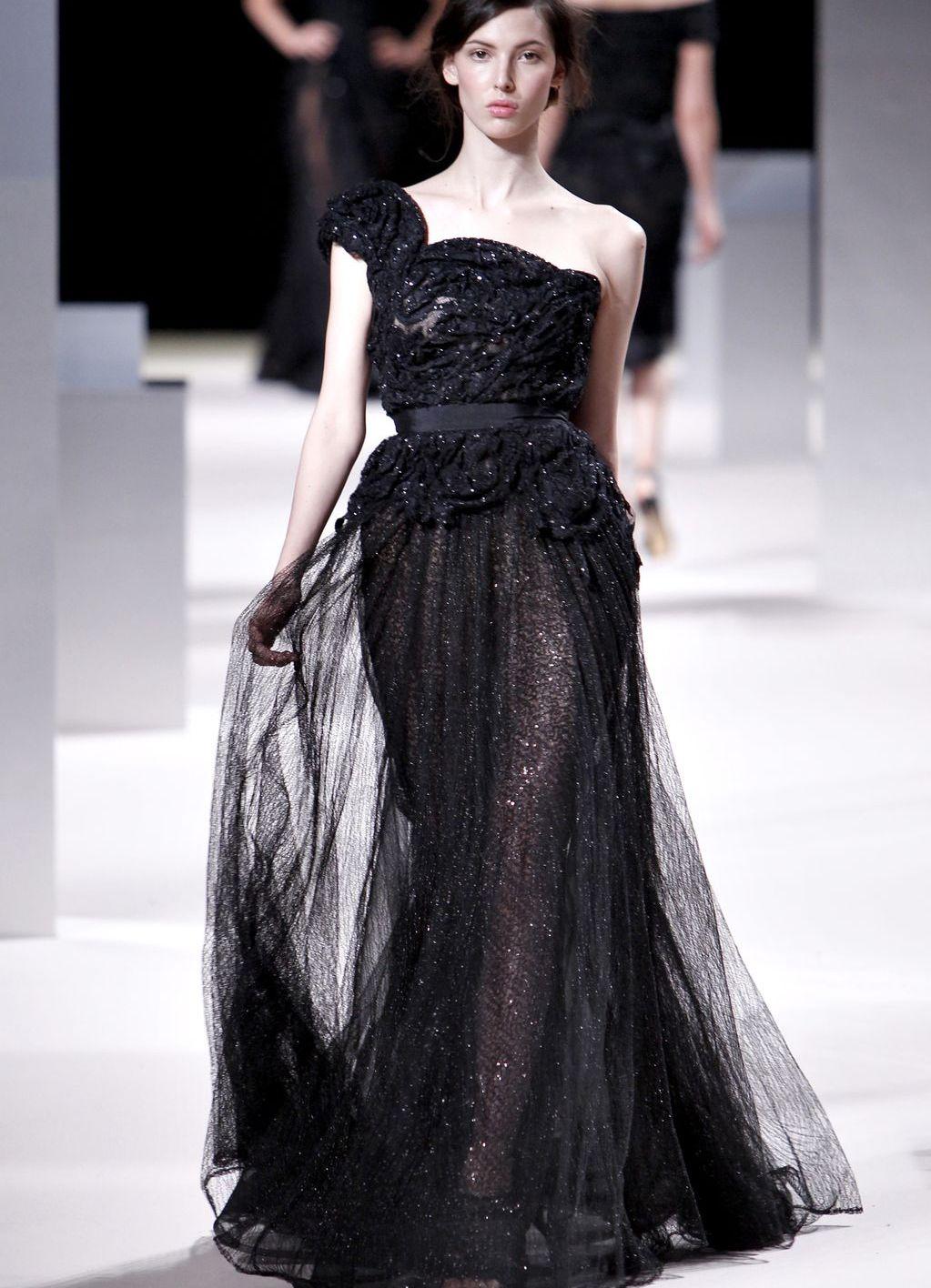 Черное платье фатин в пол