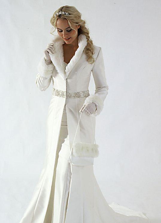 Что одеть на свадьбу зимой