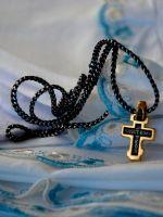 Что подарить крестнику на крестины?