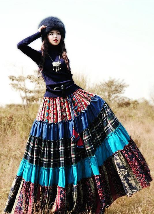 Почему цыгане носят длинные юбки