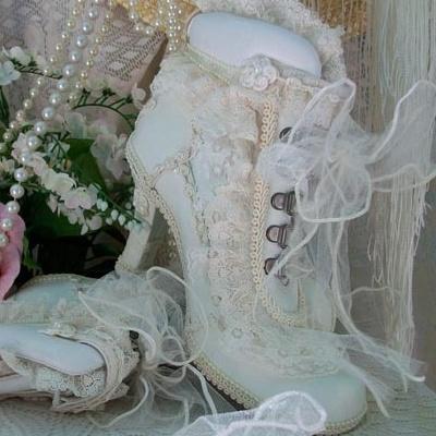 Белые ботильоны на свадьбу