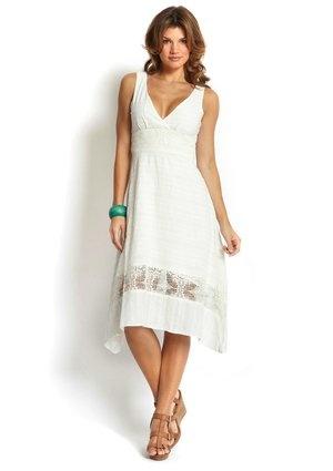 Модели платьев из льна и хлопка для полных. Платье -сарафан из белого. полной девушки. летние белые платья с черными вставками, 48-50 размер