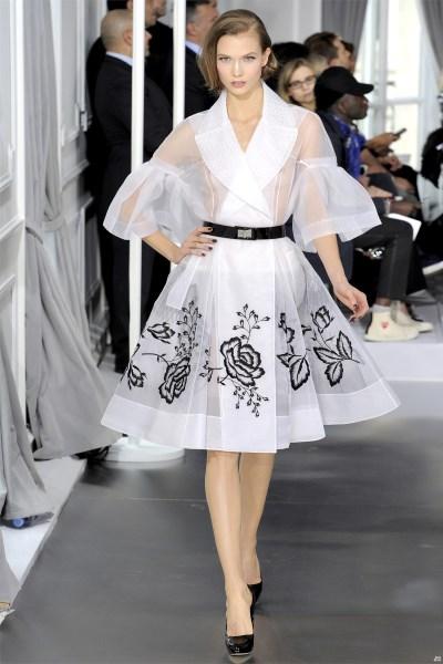 Платье брендовое модное
