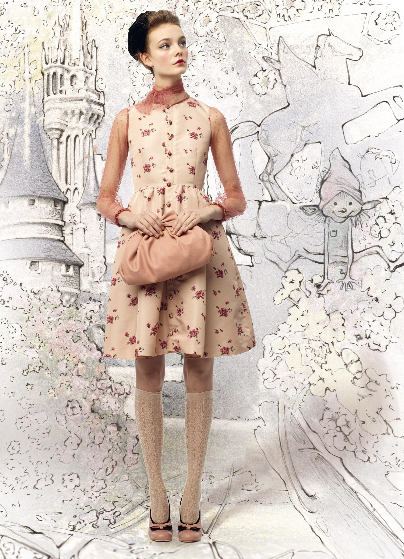 Платье брендовых марок