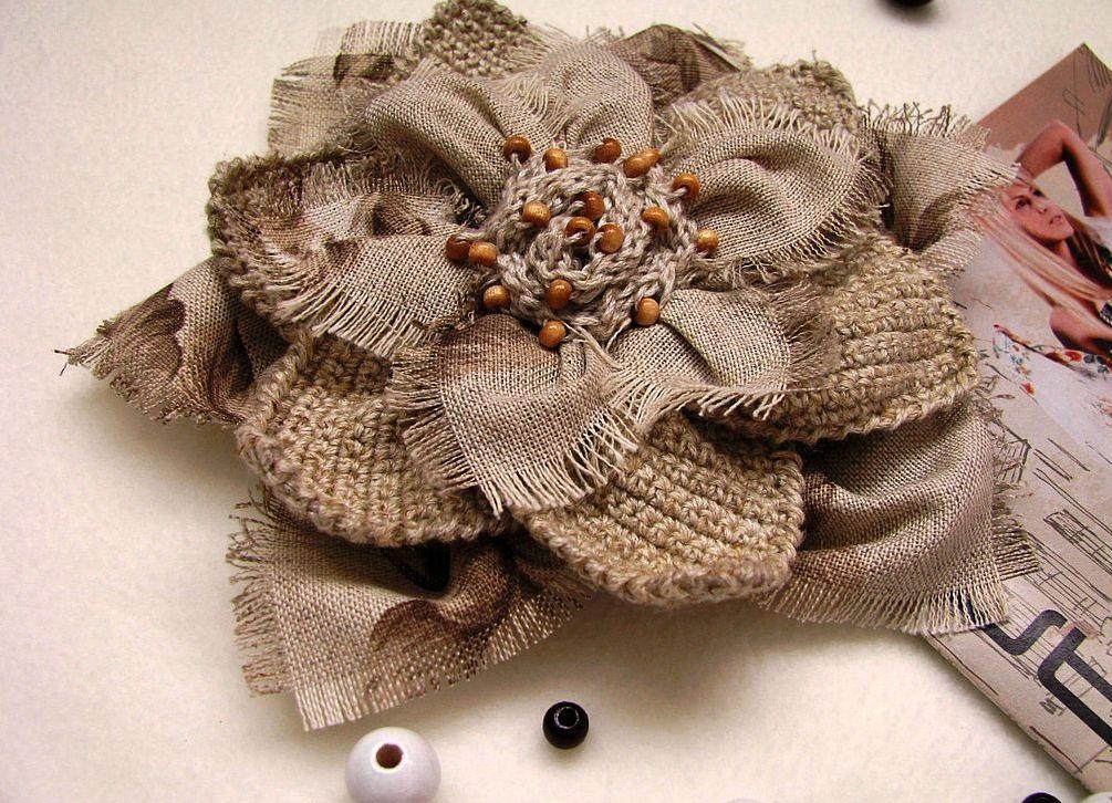 Винтажные броши из ткани