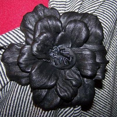 Сделать самому цветы из кожи