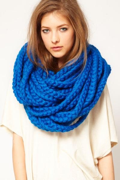 Как одевать шарф трубу?: http://womanadvice.ru/kak-odevat-sharf-trubu