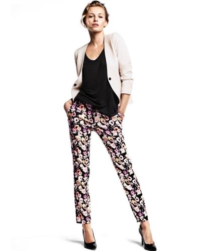 Классические зауженные женские брюки