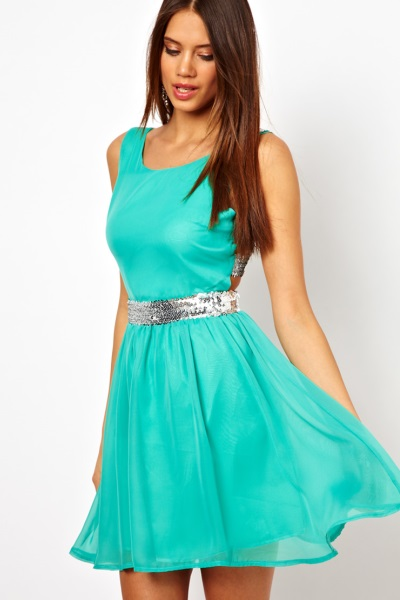 Платья шифоновое короткое