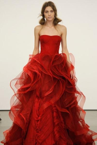 Платье красное во сне