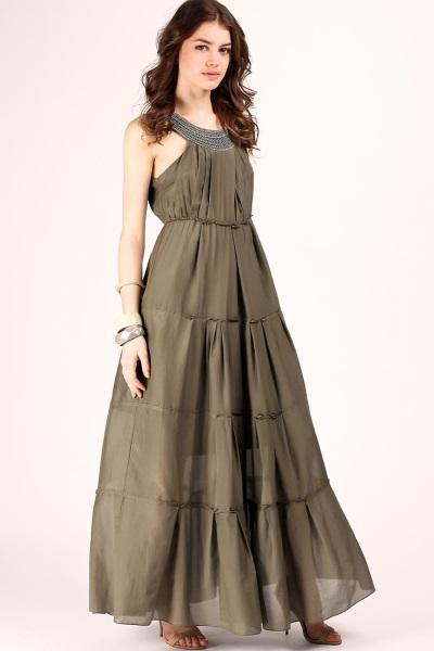 Длинное льняное платье с длинным рукавом