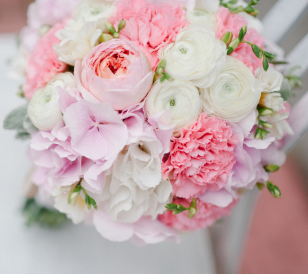 Свадебный бело розовый букет
