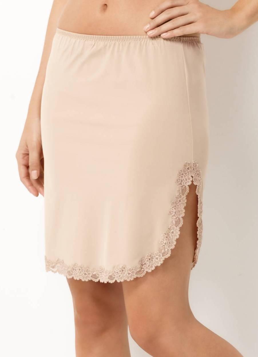 Сшить нижнюю юбку прямую