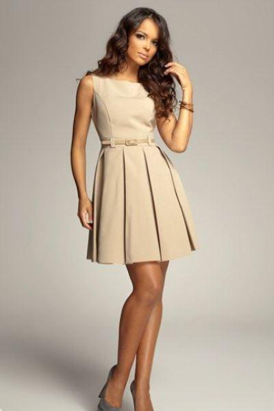 платье белое в синий горох фото