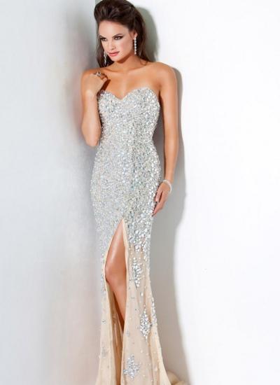 Платье с камнями длинные