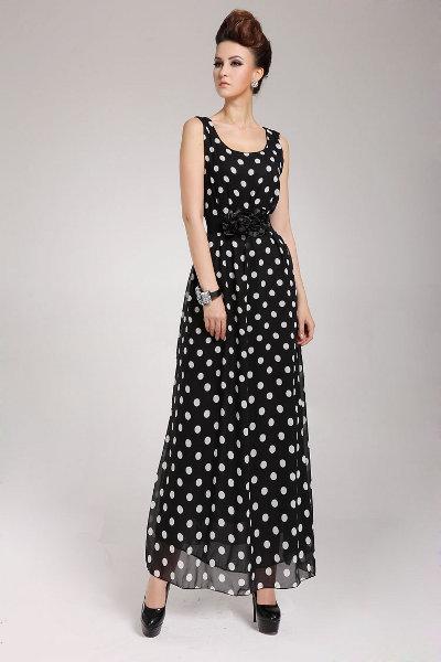 Длинное черное платья в горох
