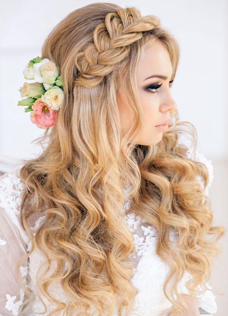 За и против: свадебные прически с распущенными волосами 38