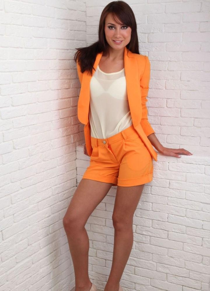 Женский костюм пиджак и шорты доставка