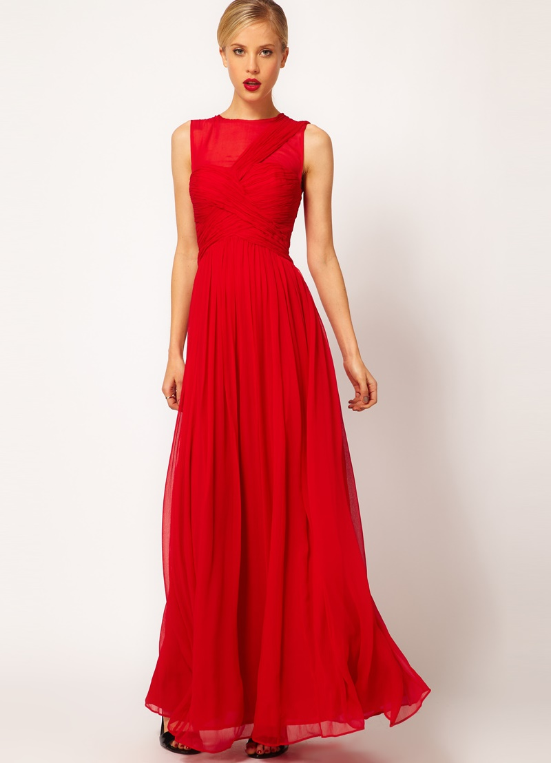 Платье в пол днем