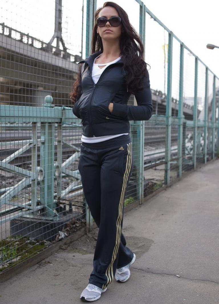 Спортивные костюмы адидас женские