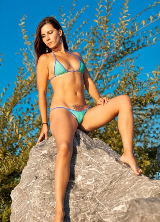 Ультра мини бикини онлайн 24 фотография