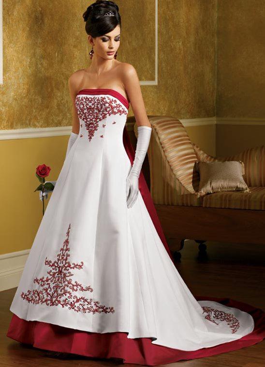 Цветные свадебные платьям