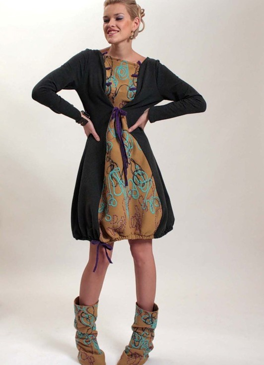повседневное платье трикотажное модная одежда 2010 .выполнено из шерсти цве