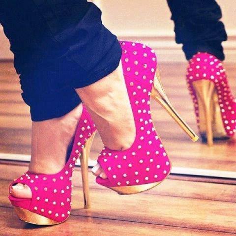 туфли фото с шипами