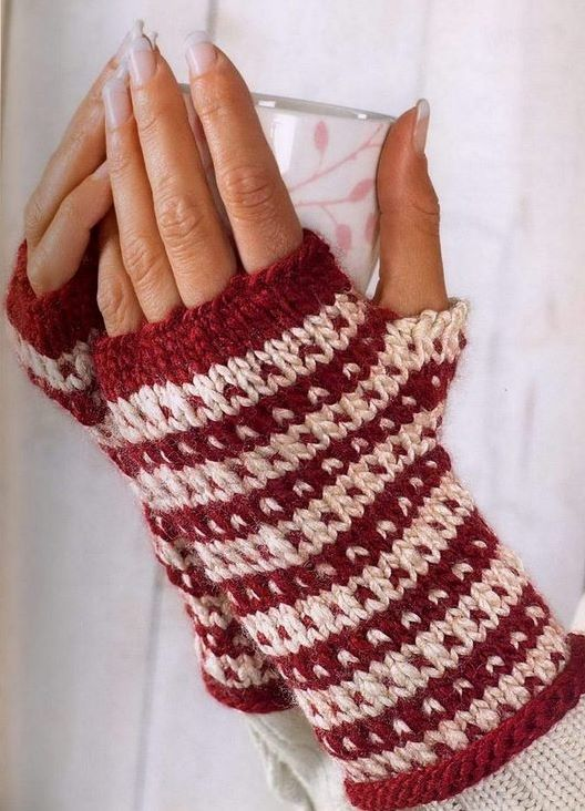 вязаные перчатки без пальцев #вязание_спицами@clubmycozyhome модель взята и