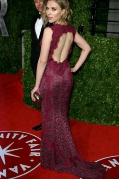 Красное платье с открытой спиной 1