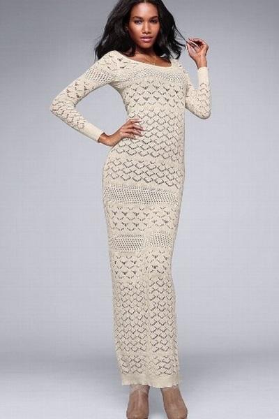 Прямое длинное вязаное платье