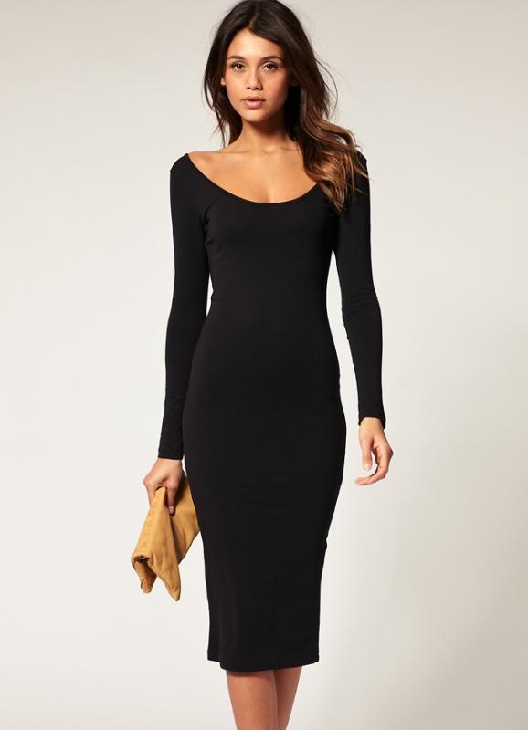 Платье с декольте лодочка