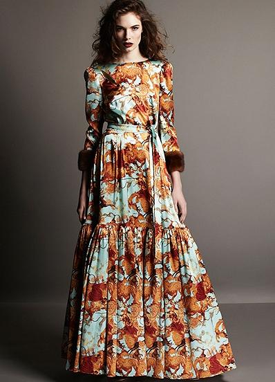 Если правильно подобрать вечернее платье в пол, то даже из простой девушки получится обворожительная светская дама. Подбирая длинные вечерние платья