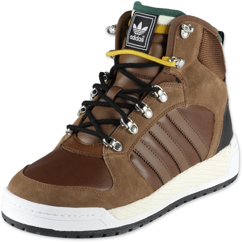 зимняя обувь от lacoste