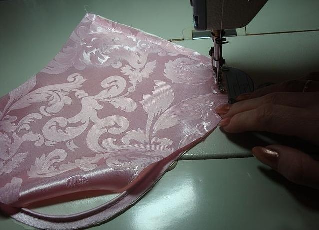 как сшить декоративную подушку 5